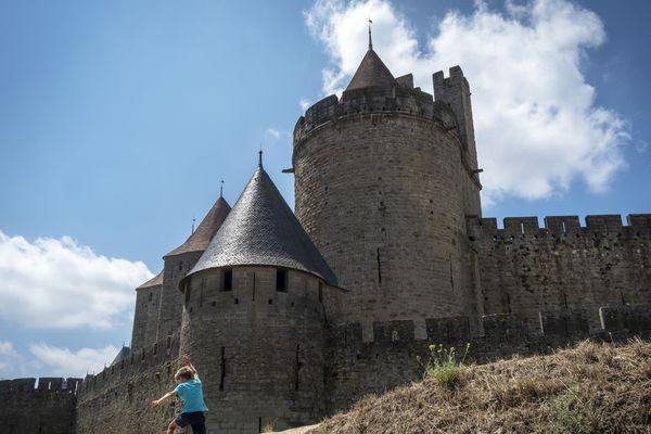 Le maire de Carcassonne n'aurait pas suivi la charte éthique qu'elle avait signé en 2014 selon Anticor. Son entourage n'est pas d'accord.