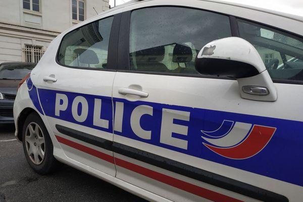 Après avoir fui les lieux du drame, le conducteur s'est présenté au commissariat de police d'Orléans. Photo d'illustration