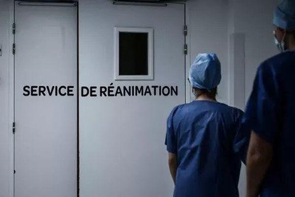 Le nombre de patients en soins critiques dans les établissements franciliens de santé est redescendu à labarre symbolique des 1000 ce mercredi. (Photo d'illustration)