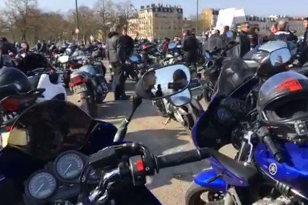 Une manifestation de motards en colère, à Vincennes, dans le Val-de-Marne, le 24 février 2018.