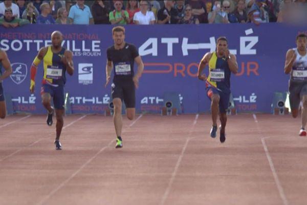 Christophe Lemaitre (couloir 5) sur le 200 mètres