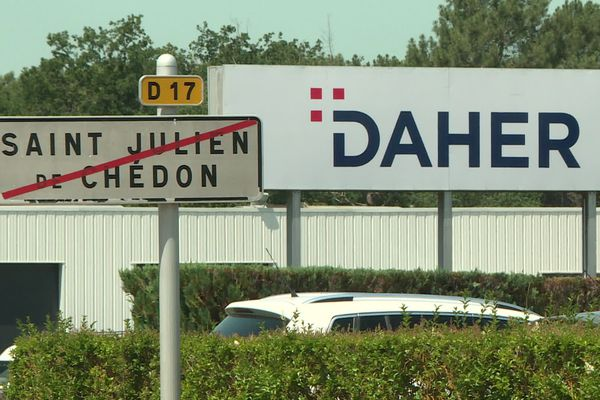Usine Daher, site de recherche et de développement à Saint-Julien-de-Chédon dans le Loir-et-Cher