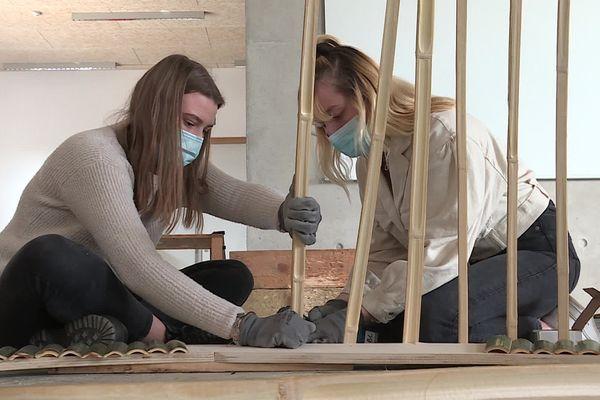 Madeleine (à droite dans l'image), n'était pas retourné dans son atelier depuis la fin novembre 2020.
