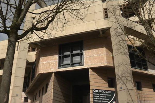 La Cité Judiciaire à Dijon, où se déroule le procès en correctionnelle de l'éleveur de chiens de Maligny