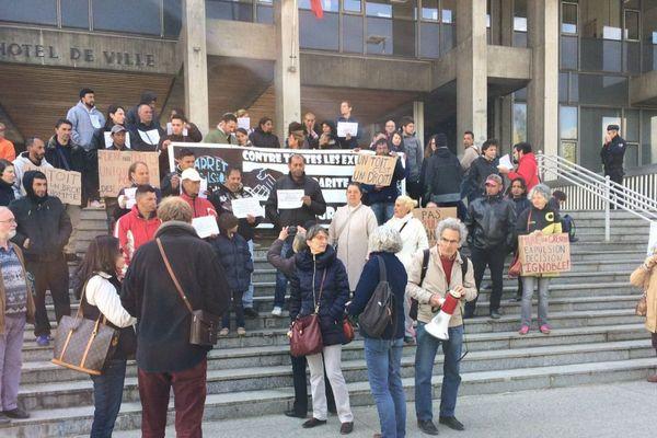Une vingtaine de Grenoblois s'était mobilisés en février dernier pour les migrants du camp Valmy