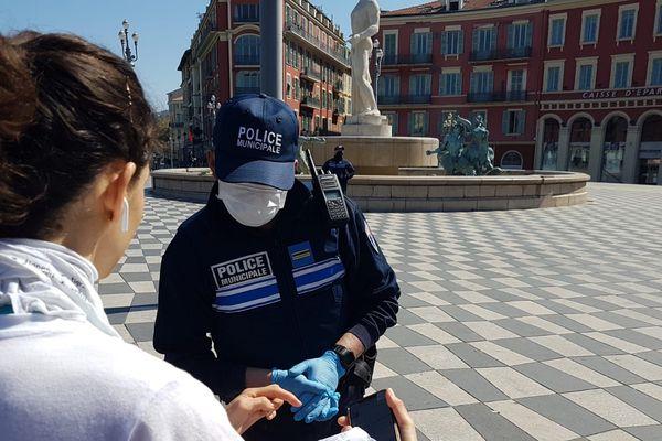 Lors de contrôles à Nice par la police municipale de la ville en ce mois d'avril.