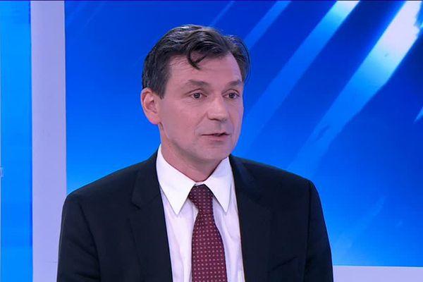 Stéphane Mangin, chercheur à l'Institut Jean Lamour.