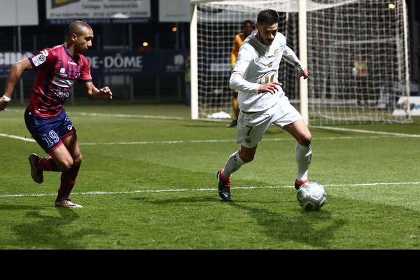 Le Clermont Foot a réalisé une très belle opération en s'imposant face au Stade de Reims (2-1).