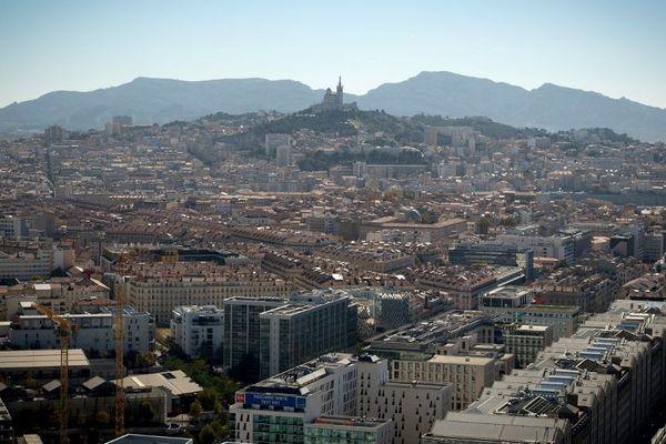 D'arrondissement en arrondissement les prix du m² moyen varie du simple au triple.