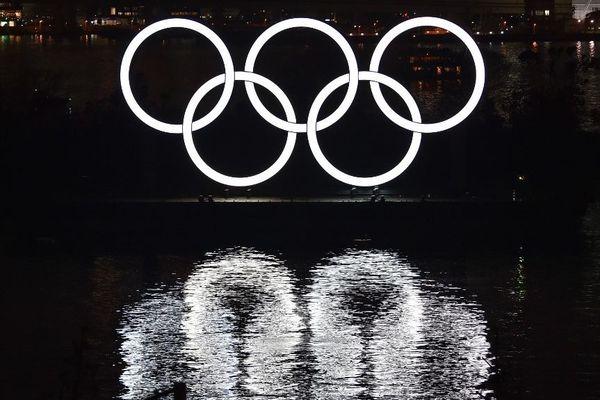 Les Jeux Olympiques de Tokyo sont repoussés d'un an en raison de la pandémie de coronavirus.