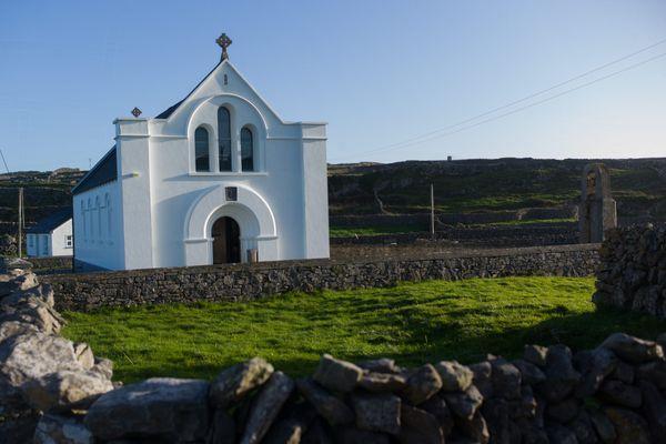 Les magnifiques paysages irlandais de plus en plus prisés par les touristes français.