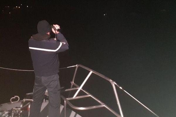 Les contrôles ont lieu y compris la nuit de Port Vendres à Menton.