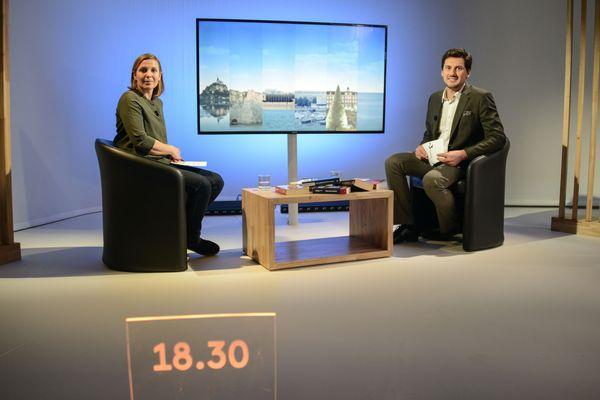 De gauche à droite : Véronique Arnould, journaliste et chroniqueuse, et Frédéric Nicolas, présentateur du 18.30.