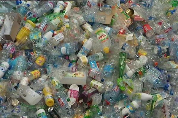 Des déchets en plastique bientôt recyclés.