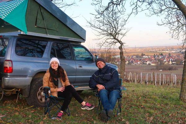 Le couple brésilien sur la route des vins d'Alsace.