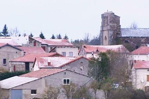 Le froid est arrivé en Auvergne. Une température de -9° a été relevée dans la nuit de samedi à dimanche aux Estables, en Haute-Loire.