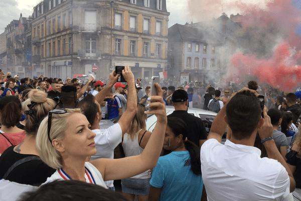 La liesse après la victoire de la France ce soir à Belfort