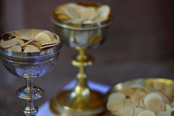 Le ciboire et les hosties ont été dérobés, mardi 9 avril, en l'église Saint-Pierre de Montluçon dans l'Allier.(Photo d'illustration)