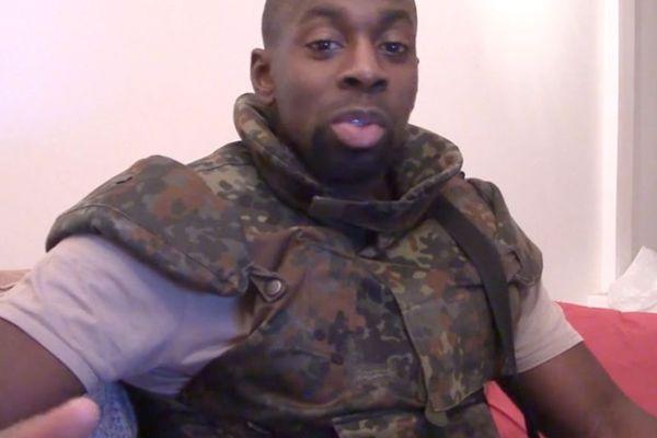 Ces arrestations se sont faites dans le cadre de l'enquête sur la fourniture des armes utilisées par Amédy Coulibaly, le tueur de l'Hyper Casher.