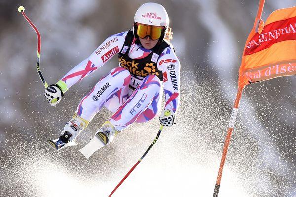 Margot Bailet participe au Super G de la Coupe du monde de ski alpin le 21 février 2016 à La Thuile, dans le nord de l'Italie.