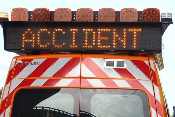 L'accident s'est produit peu après 14h, dimanche 25 juillet 2021, sur l'autoroute A47 qui contourne la ville de Saint-Etienne dans la Loire