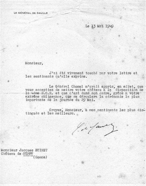 Courrier de remerciements du général De Gaulle à Monsieur Jacques Buiret propriétaire de château de Huppy pour la mise à disposition de sa propriété pour le premier rassemblement de la IV DCR à Huppy le 29 mai 1949.