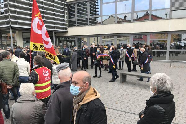 Martial Bourquin a organisé un hommage dimanche 18 octobre à 11 heures, devant la mairie.