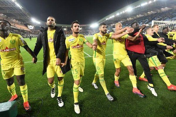 Football : 3 ème tour de la coupe de la Ligue Nantes contre Angers, joie des nantais Kwateng Vizcarrondo Alves de Lima et Bammou