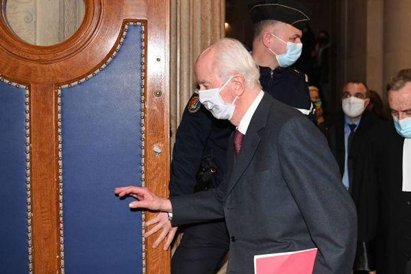Edouard Balladur arrive à son procès dans le cadre de l'affaire Karachi, à la Cour de justice de la République, Paris le 19 janvier 2021.