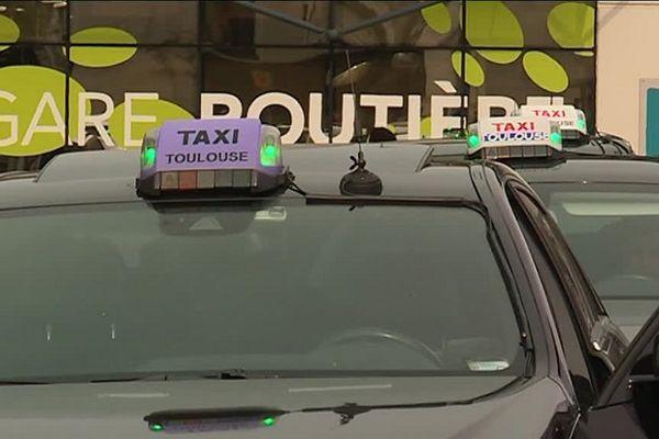 Les chauffeurs de taxis envisagent des actions pour se faire entendre.