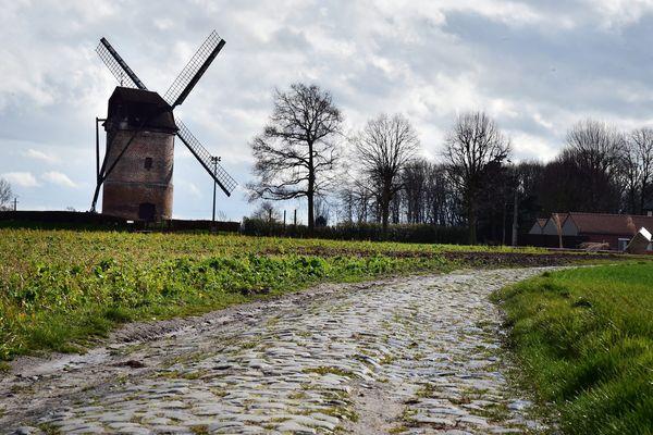 Le moulin de Vertain, secteur pavé de Templeuve.