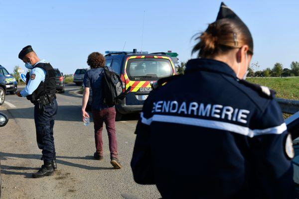 Les gendarmes ont lancé un appel à témoins.