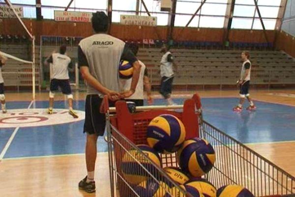 Sète (Hérault) - les volleyeurs à l'entraînement - octobre 2012.