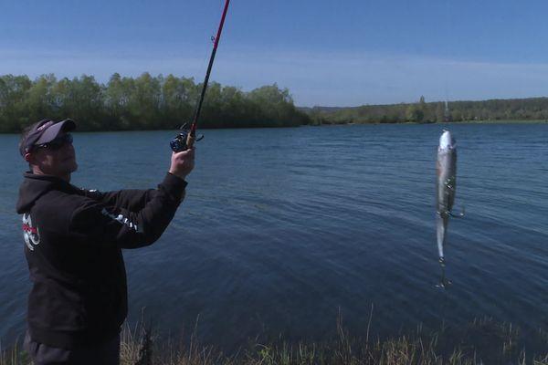La pêche au brochet a repris le 25 avril