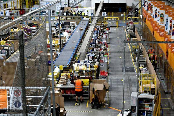 Amazon occupe à Saran (45) une plateforme logistique de plus de 80 000 m2.