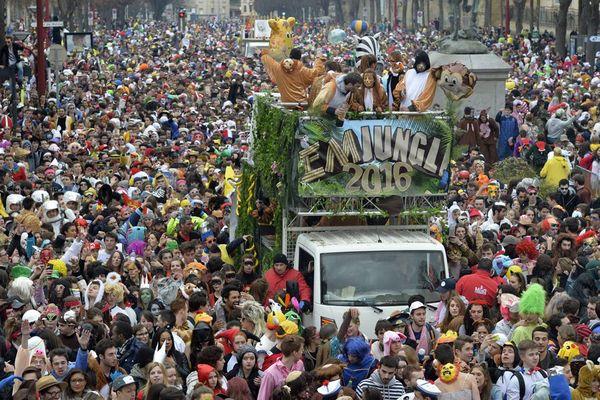 Le carnaval étudiant de Caen en 2016
