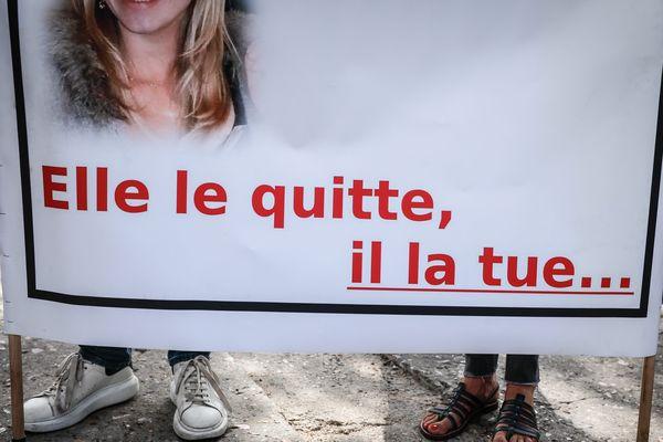 Un panneau lors du lancement du Grenelle contre les violences conjugales en 2019