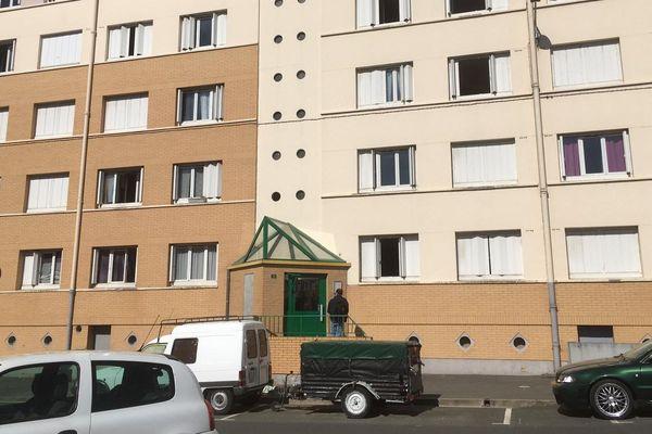 Le drame s'est produit dans cet immeuble, situé 15 rue Marcel Bugain à Saint-Quentin, dans l'Aisne.