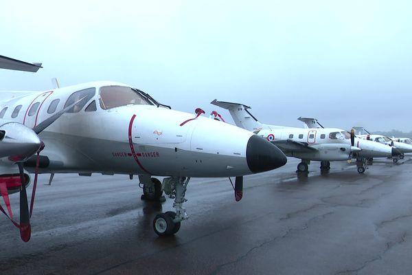 Six avions de l'Armée de l'air, habituellement basés dans le Cher, sont à Nevers en ce moment.