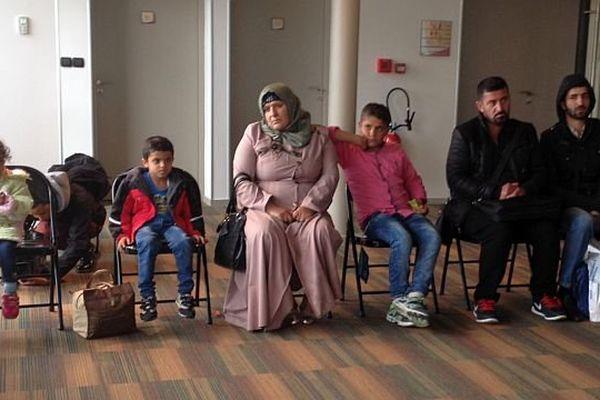 Ces réfugiés syriens semblaient épuisés à leur arrivée à Nevers.