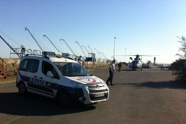 L'hélicoptère des secours s'est posé sur la jetée Est du Port de Saint-Nazaire