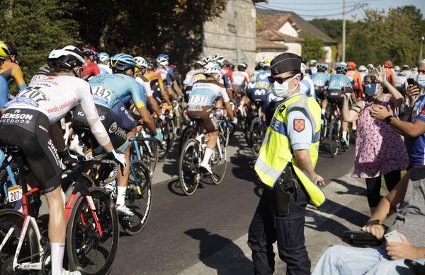 Cynthia Auzanneau, gendarme réserviste sur le Tour de France 2020