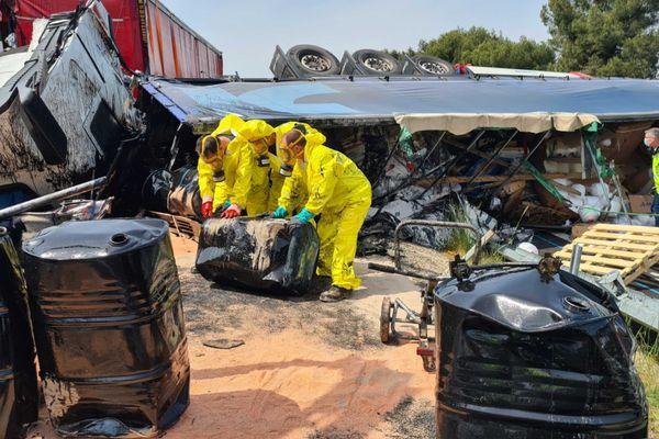 Un accident impliquant deux poids lourds renversés sur l'ensemble des voies s'est produit vers 06h00 sur l'autoroute A9 entre les sorties Béziers Ouest (n°36) et Narbonne Est (n°37).