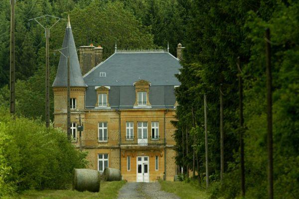 Le château du Sautou, à Donchery dans les Ardennes.