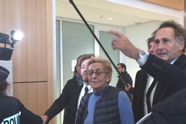 Isabelle Balkany arrive à l'audience du Tribunal de Paris le 18 octobre 2019.