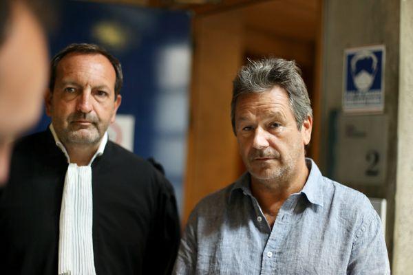 Christophe Leroy et son avocat Me Thierry Fradet, ce jeudi 2 septembre à Draguignan.