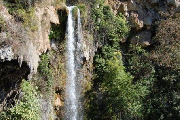 La cascade de salles-la-Source (12) va retrouver son débit originel.