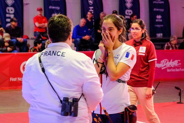 La jeune femme est licencée au club des Archers riomois, dans le Puy-de-Dôme