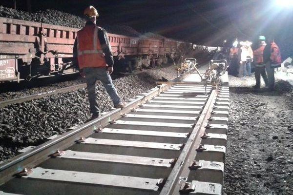 Les travaux ont commencé près de Muret, sur une ligne SNCF qui a montré de nombreux signes de vieillissement.