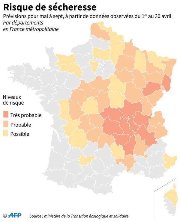 Dans la métropole, la région Auvergne-Rhône-Alpes sera la plus touchée par les risques de sécheresse, avec le Grand-Est, la Bourgogne-Franche-Comté, et une partie de la Nouvelle Aquitaine.